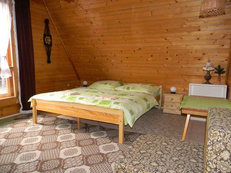 ferienhaus beschreibung zimmer ausstattung. Black Bedroom Furniture Sets. Home Design Ideas